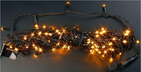 Светодиодная гирлянда Rich LED Нить 10 м, 24В, мерцающая, соединяемая, черный провод, Желтая