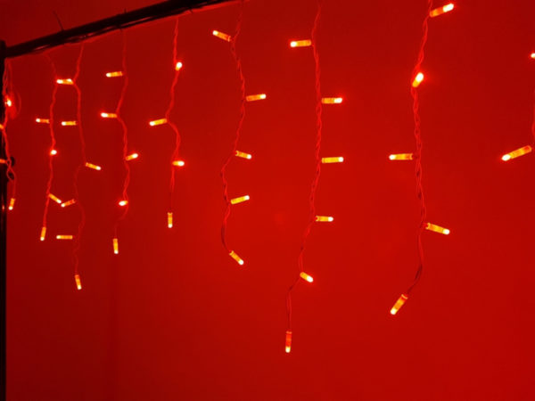 Гирлянда Айсикл 4,8 х 0,6 м, белый провод КАУЧУК, свечение красное