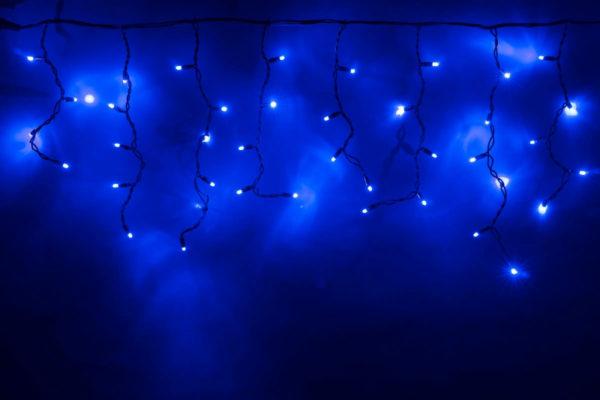 Гирлянда Айсикл 4,8 х 0,6 м, МЕРЦАЮЩАЯ, черный провод КАУЧУК, свечение синее/мерцание синее